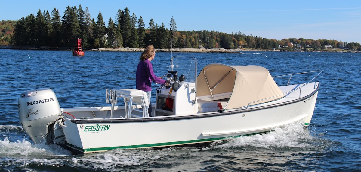 Eastern 19 Center Console off Tumbler Island, Boothbay Harbor, Maine